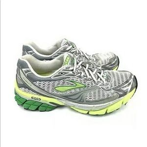 Brooks Ghost 4 Womens Size 7.5M Running Shoes